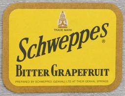 Sous-bock SCHWEPPES Bitter Grapefruit Genval Bierdeckel Bierviltje Coaster (N) - Portavasos