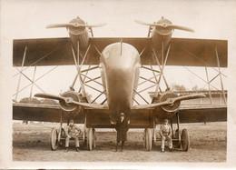 Belle Photo Originale 13x18 Casale Et Son Mécanicien Au Près De Blériot 4 Moteur A VOIR Texte Au Dos - Aviation