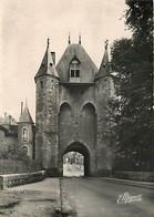 89 - Villeneuve Sur Yonne - Porte De Sens (Xllle S.) - Vestiges Des Fortifications Sous Philippe-Auguste - CPSM Grand Fo - Villeneuve-sur-Yonne