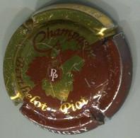 CAPSULE-CHAMPAGNE BERTHELOT-PIOT N°08 Or & Bordeaux - Altri