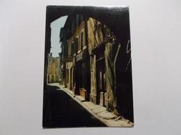 L'ISLE SUR SORGUE Rue Jean Jacques Rousseau - L'Isle Sur Sorgue