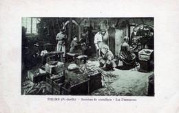 63   THIERS INTERIEUR D'UNE COUTELLERIE  LES  DECOUPEURS - Thiers