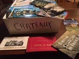 CHATEAUX Château  De France >  Lot En Vrac > - LOT De 1300 Cartes  - Cpa -Cpm Et Cpsm = Voir Descriptif - 500 Postcards Min.