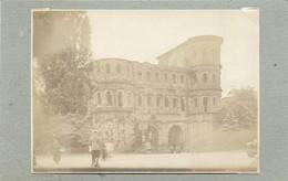 TRIER/TREVES (Allemagne) - La Porte Nigra (photo Années 30, Format 11,1 Cm X 8,1 Cm) - Luoghi