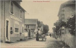 D 65  GER Pres TARBES  La Poste Et Interieur Du Village  (Attelage) - Sonstige Gemeinden