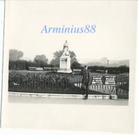France, 1940 - Tours, Indre-et-Loire - Square Rabelais - Wehrmacht Im Vormarsch - Westfeldzug - War, Military