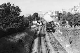 Paris, à La Limite De Saint-Mandé. Locomotive 131 TB. Photo Jacques Bazin. 01-06-1957 - Eisenbahnen
