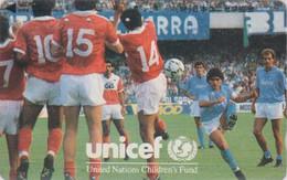 TC JAPON / 110-011 - FOOTBALL - DIEGO MARADONA / ARGENTINA Argentine ** UNICEF  ** SOCCER JAPAN Phonecard - 1131 - Sport
