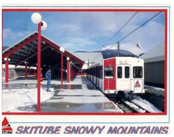 (Z 13) Australia - NSW - Snowy Mountain Ski Tube Train  (with Flower Stamp) - Trenes