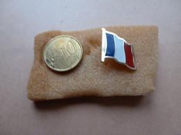 MOOIE PIN  VLAG / DRAPEAU   FRANCE - Andere