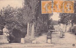 CPA 37 @ MAILLE - La Place De L'Eglise - Sonstige Gemeinden