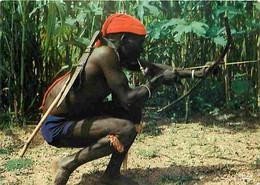 Afrique - Afrique En Couleurs - Folklore Africain - Danse Des Chasseurs - CPM - Voir Scans Recto-Verso - Autres