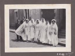 """LA ROCHE-sur-YON - Cliché De Communiantes En 1946 - Portrait D'Art """" J. FERLOCOT """" 40 Rue De Verdun   - Voir Description - La Roche Sur Yon"""