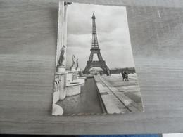 PARIS - La Tour Eiffel - Editions Spéciales - Année 1952 - - Tour Eiffel
