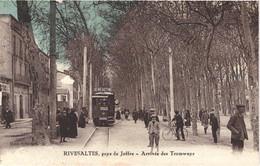 FR66 RIVESALTES - Clara - Colorisée - Arrivée Des Tramways - Pub BENEDICTINE - Gros Plan Animé - Rivesaltes