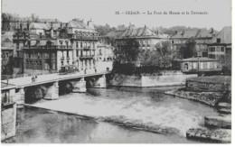 SEDAN - LE PONT DE MEUSE ET LE DEVERSOIR - BELLE ANIMATION AVEC TRAMWAY - VERS 1900 - Sedan