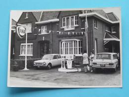 Oude Auto's / Old Cars / Vieilles Voitures & Garage FINA Te NEDERBRAKEL Anno 1972 ( Details Zie Foto's ) 12 X 8,5 Cm. ! - Automobile