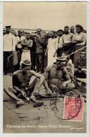SOUTHERN  RHODESIA - Zimbabwe -Throwing The Bones, Native Witch Doctors - Carte Photo - Zimbabwe
