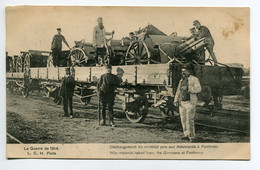 MILITARIA Guerre 1914 -  Gare Wagons   Déchargement Du Materiel Pris Aux Allemands à Fontenay       /D22-2018 - Guerra 1914-18