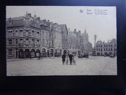 Ieper - Ypres: De Grote Markt (onbeschreven) - Ieper