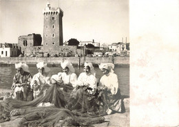 """LES SABLES D'OLONNE - """"LE NOUCH""""  - Groupe Folklorique Des Sables D'Olonne  (costume 1900) - Sables D'Olonne"""