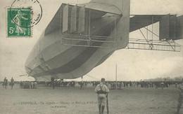 54)   LUNEVILLE  -  Un  ZEPPELIN   Au Champ De Mars ( 3 Avril 1913 )  - Vu D'  Arrière - Luneville