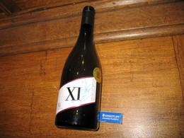 Vin - Côtes Du Rhône - Bouteille Produite Et Dédicacée Par Christophe DOMINICI - XI Numéro Fétiche Du Joueur De Rugby - - Wine