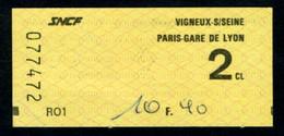 SNCF - RER - 2 ème Cl - VIGNEUX Sur SEINE - PARIS GARE DE LYON - Type R01 - Peu Commun - Europe