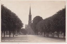 Geertruidenberg Markt R.-K. Kerk M1332 - Geertruidenberg