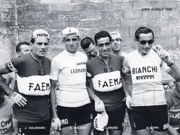 PHOTO RENFORCÉE, HAUTE CALITÉ, GALDEANO-BALDINI-LOROÑO-COPPI 1958 FORMAT 15 X 20 - Radsport