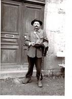 PHOTO De Plaque De Verre - ( 15,1 X 10,2 Cm) -copie N°1/26-  Facteur ? à Saint Cyr Du Bailleul -  1910/15 Environ. - Repro's