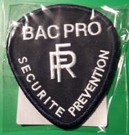 Ecusson Police -- Neuf --- BAC PRO  //  SECURITE PREVENTION --- Pour Collection Et Collectionneur - Police
