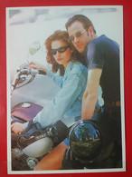 KOV 20-25 - EROTIC, EROTIQUE, COUPLE, COUPLES, Par, Embraced, Adopté, Abrazado, Ljubav, Moto, Motorbike, Moteur - Couples