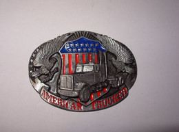 Boucle De Ceinturon AMERICAN TRUCKER  Provenant Des  USA Transformée En Beau Presse Papiers( 400 Grammes Environ) - Briefbeschwerer