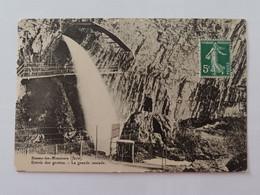 Beaume Les Messieurs Entrée Des Grottes La Grande Cascade Jura - Besancon