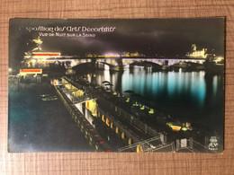 Exposition Des Arts Decoratifs Vue De Nuit Sur La Seine - Mostre