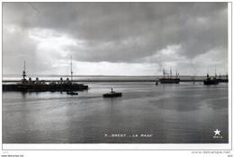 GUERRE - MARINE  FRANCAISE - à Brest - La Rade - Krieg