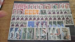 LOT523683 TIMBRE DE FRANCE NEUF** LUXE BLOC - Sammlungen