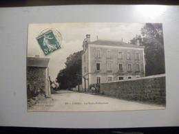 A479 .CPA. 19. USSEL. La Sous-Préfectre. (Corrèze). . Beau Plan Animé. écrite 1908 - Ussel
