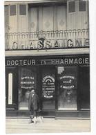 RUFFEC (16)  Carte Photo Devanture Pharmacie Chassaigne Place Des Martyrs De L'occupation - Ruffec