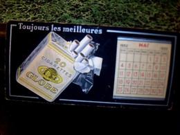"""Vieux Papier Autour Du Tabac Calendrier Publicitaire Avec Support Cigares """" Globe """" Année 1952 - Small : 1941-60"""