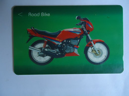 SINGAPORE  USED  CARDS   OLD MOTORBIKES - Moto