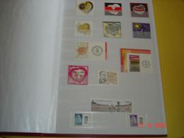ALBUM CONTENANT COLLECTION DE TIMBRES ,CARNETS ,BLOCS FEUILLETS NEUFS LUXE DE FRANCE - Sammlungen (im Alben)