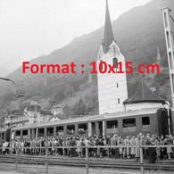ReproductionPhotographie Ancienne De La Cérémonie D'inauguration De La Locomotive Du Gothard Bellinzone Suisse 1953 - Riproduzioni