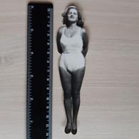 #5 Vintage Photo Woman Girl Portrait Pose For Photo  - Vieille Photo  Portrait D'une Jeune Fille - Anonymous Persons