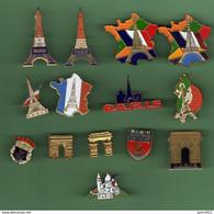 PARIS *** Lot De 14 Pin's Differents *** 2060 - Steden