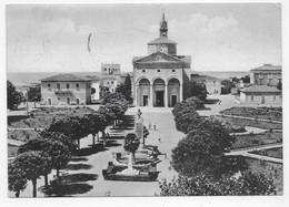 (RECTO / VERSO) VADA EN 1959 - PIAZZA GARIBALDI - BEAU TIMBRE ET CACHET - CPSM GF - Livorno