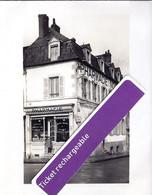 DECIZE- Pharmacie NORMALE Au 1, Place Saint JUST. PHOTO 9x12. - Decize