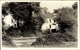 CPA Fauxquets De Bas Guernsey Kanalinseln, Straßenpartie, Wohngebäude Hinter Bäumen - Other