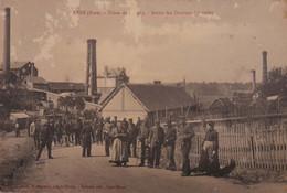 Lyre (Eure) - Usine De Chagny - Sortie Des Ouvriers - Autres Communes